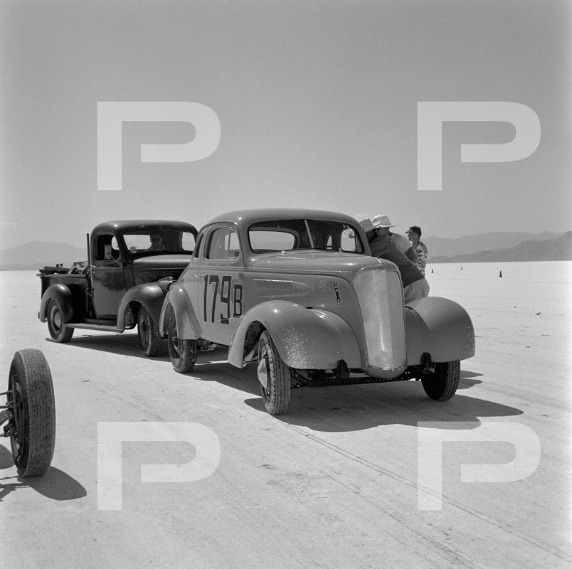 1954 6th Annual Bonneville National Speed Trials - Archives Petersen 53546710
