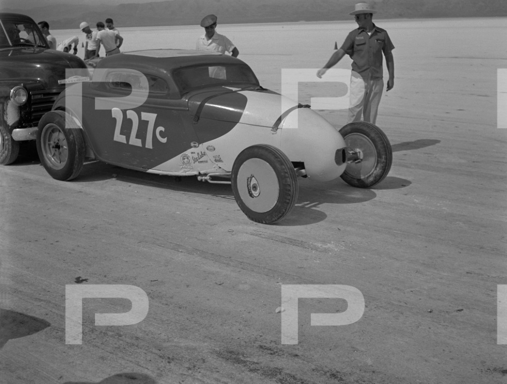 1954 6th Annual Bonneville National Speed Trials - Archives Petersen 53572911