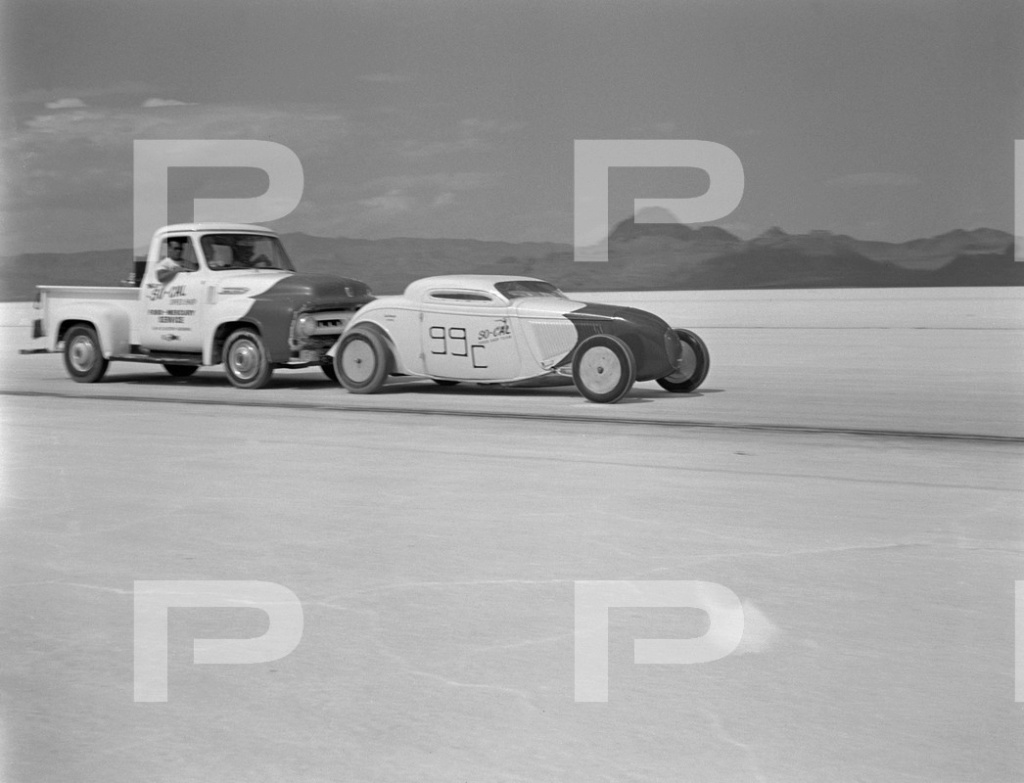1954 6th Annual Bonneville National Speed Trials - Archives Petersen 53573010