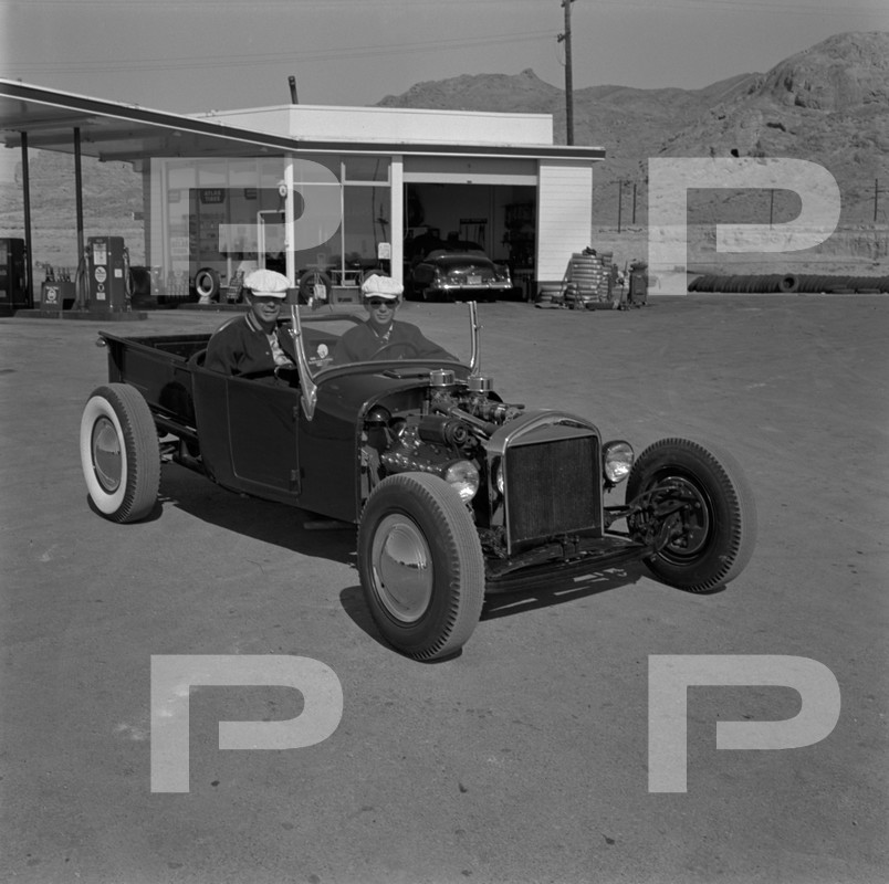 1954 6th Annual Bonneville National Speed Trials - Archives Petersen 53607410
