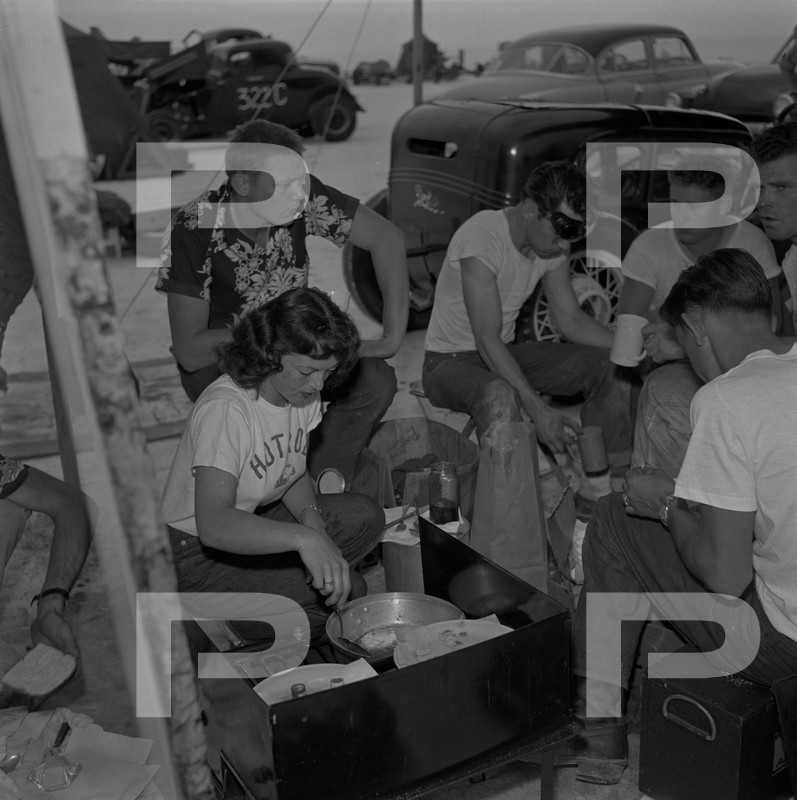 1954 6th Annual Bonneville National Speed Trials - Archives Petersen 53625110