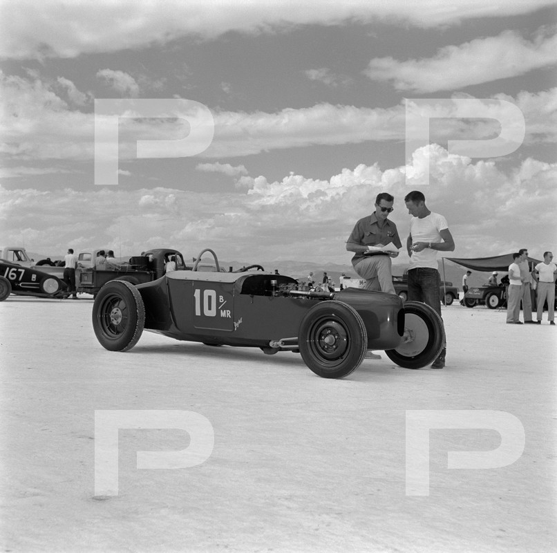 1954 6th Annual Bonneville National Speed Trials - Archives Petersen 53640410