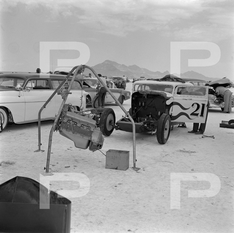 1954 6th Annual Bonneville National Speed Trials - Archives Petersen 53642310
