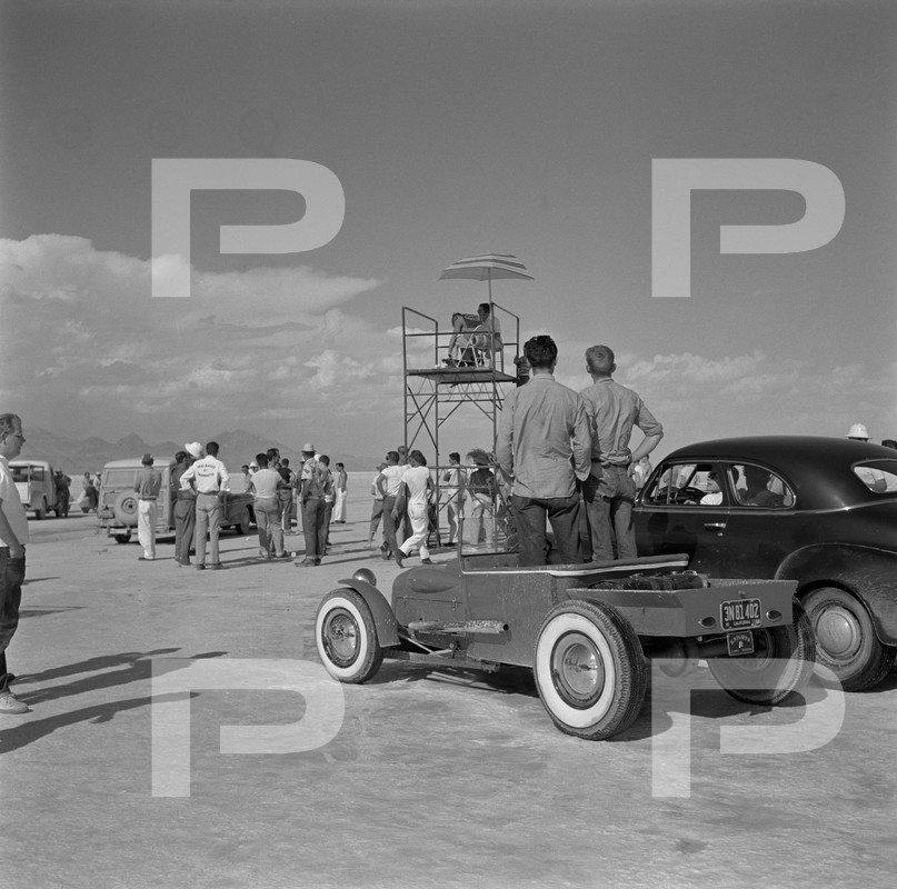 1954 6th Annual Bonneville National Speed Trials - Archives Petersen 53654910