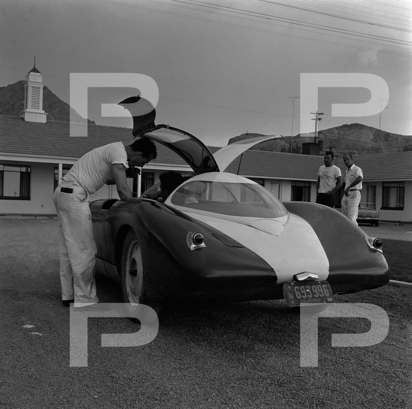1954 6th Annual Bonneville National Speed Trials - Archives Petersen 53663010