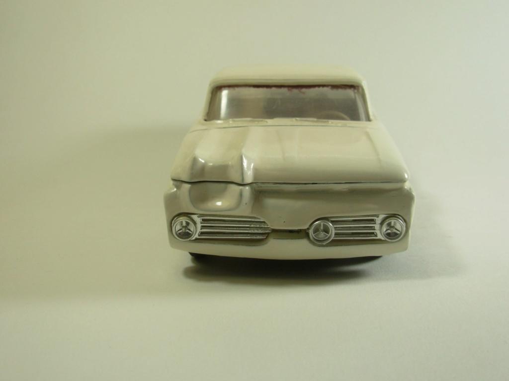 Vintage built automobile model kit survivor - Hot rod et Custom car maquettes montées anciennes - Page 12 53752710