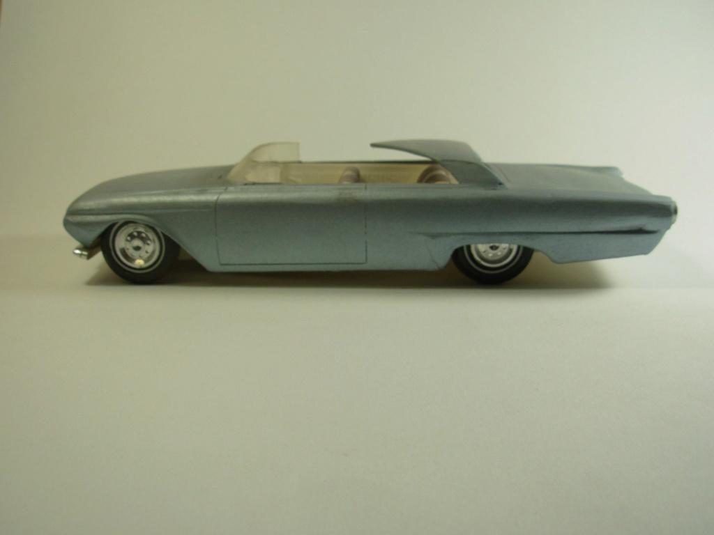 Vintage built automobile model kit survivor - Hot rod et Custom car maquettes montées anciennes - Page 12 53760910