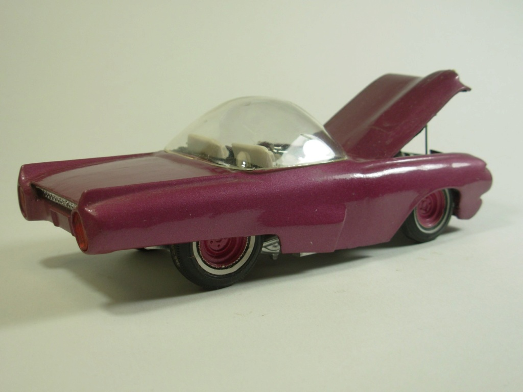 Vintage built automobile model kit survivor - Hot rod et Custom car maquettes montées anciennes - Page 12 55512010