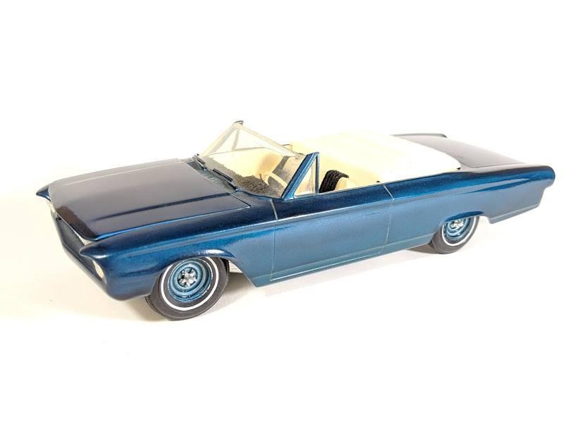 Vintage built automobile model kit survivor - Hot rod et Custom car maquettes montées anciennes - Page 12 55829710