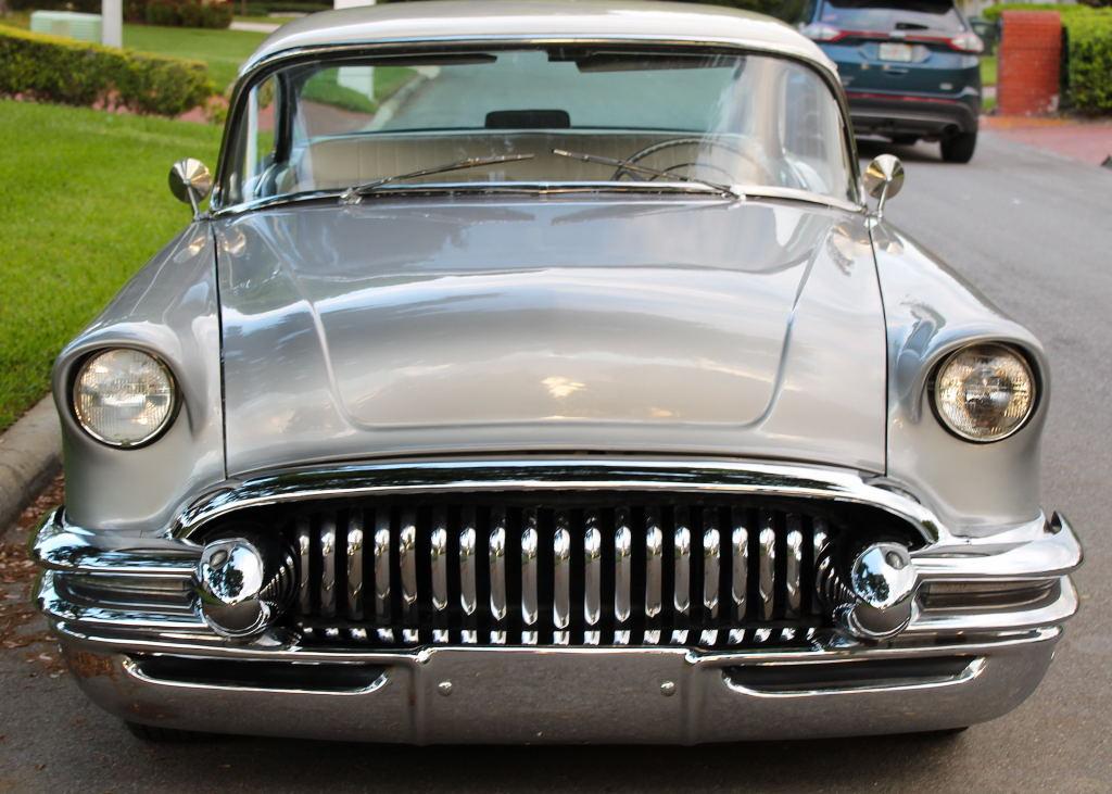 Buick 1955 - 57 custom & mild custom - Page 6 55_bui20