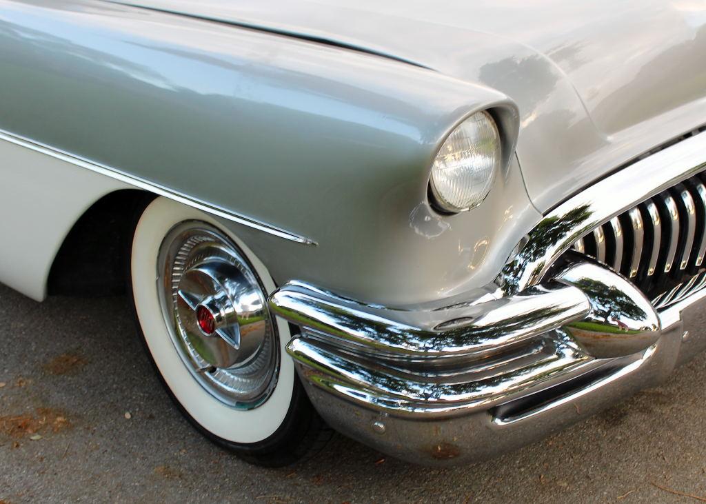 Buick 1955 - 57 custom & mild custom - Page 6 55_bui24