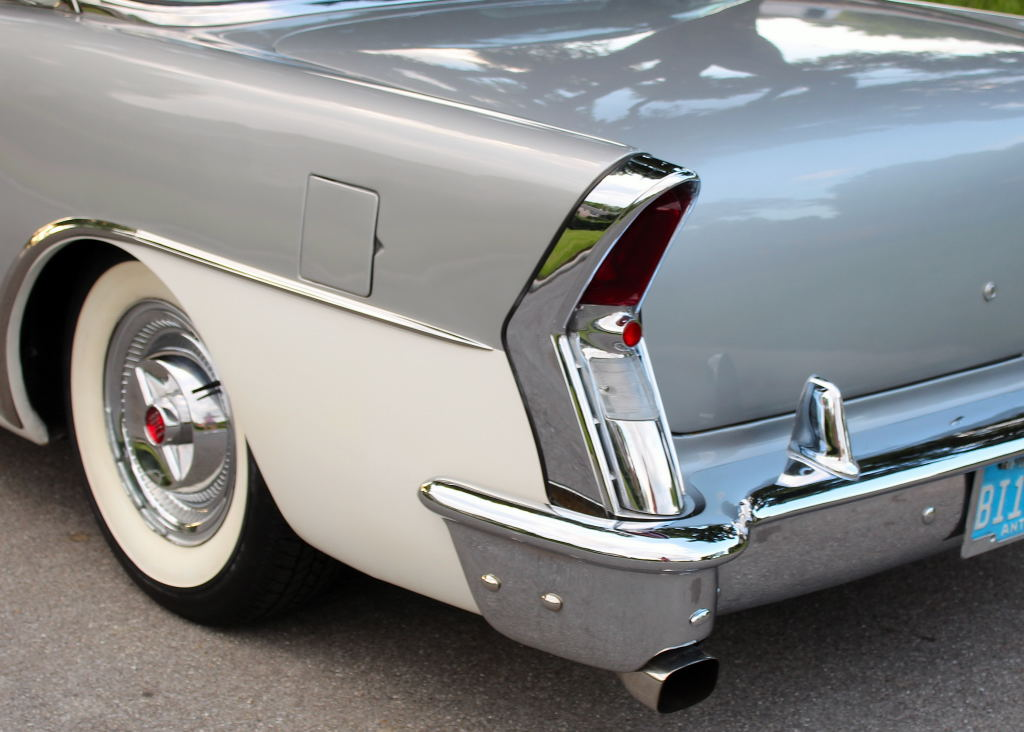 Buick 1955 - 57 custom & mild custom - Page 6 55_bui28