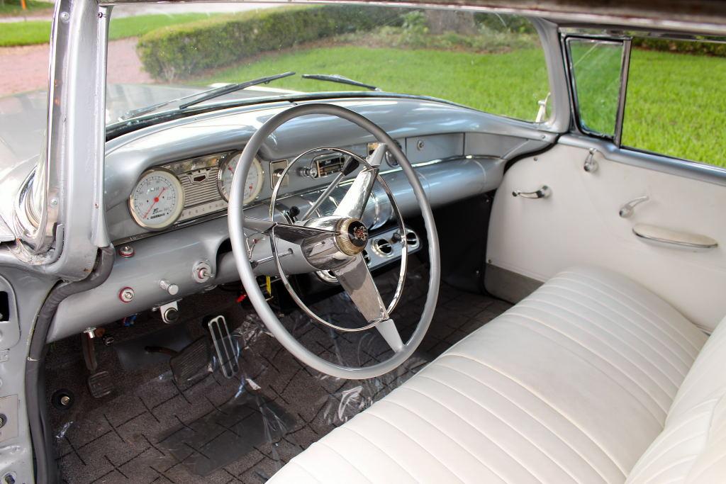 Buick 1955 - 57 custom & mild custom - Page 6 55_bui31