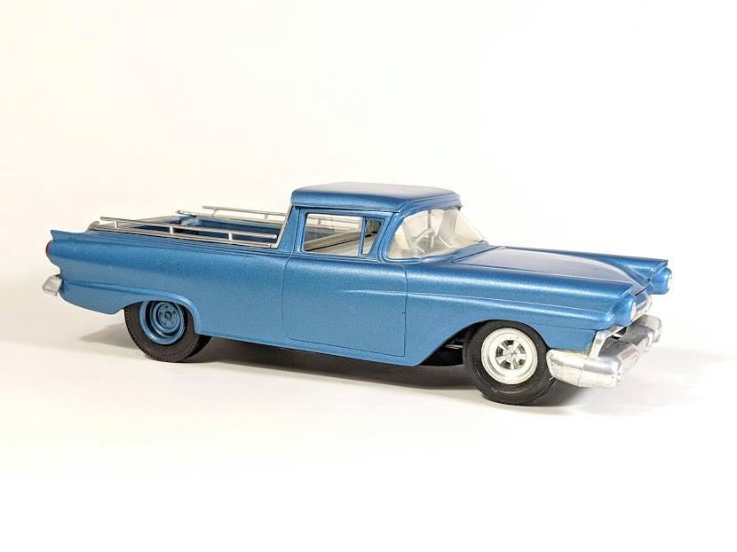 Vintage built automobile model kit survivor - Hot rod et Custom car maquettes montées anciennes - Page 12 56173310
