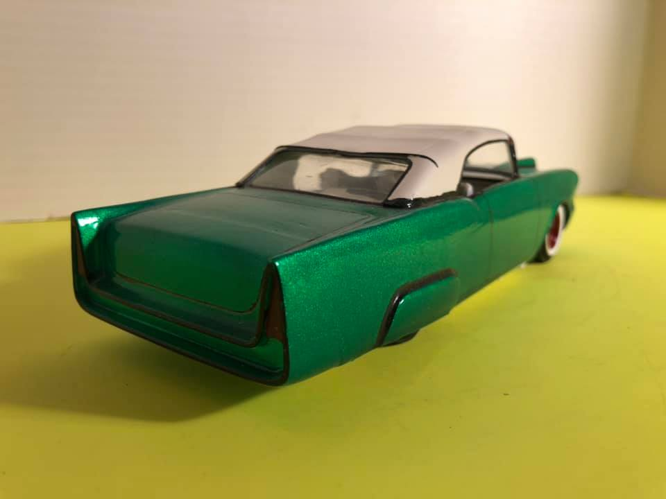 1957  Chevrolet - Customizing kit - trophie series -  amt - 1/25 scale 57059810