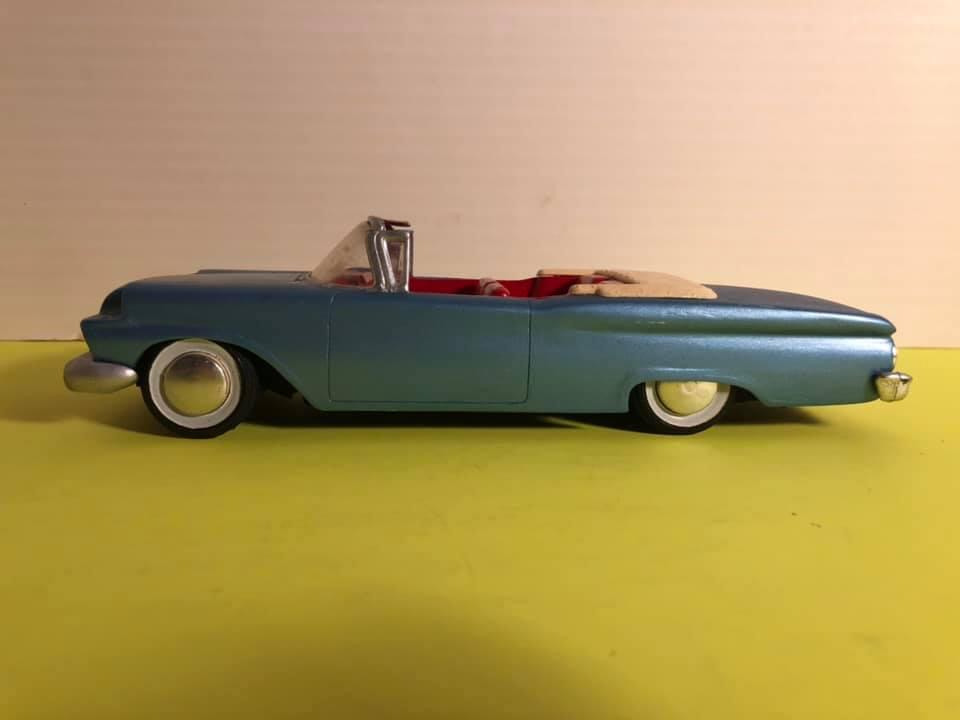 Vintage built automobile model kit survivor - Hot rod et Custom car maquettes montées anciennes - Page 12 57190310