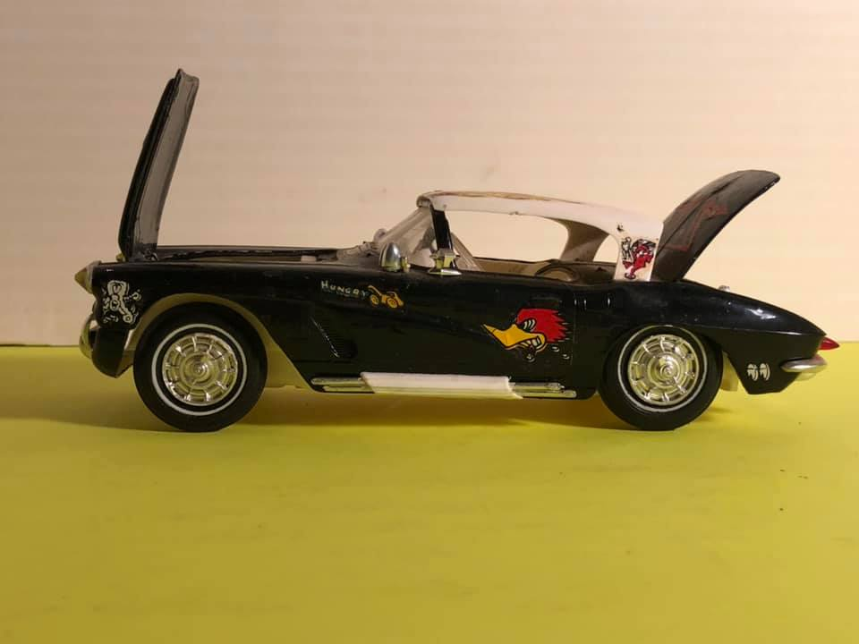 Vintage built automobile model kit survivor - Hot rod et Custom car maquettes montées anciennes - Page 12 57190311