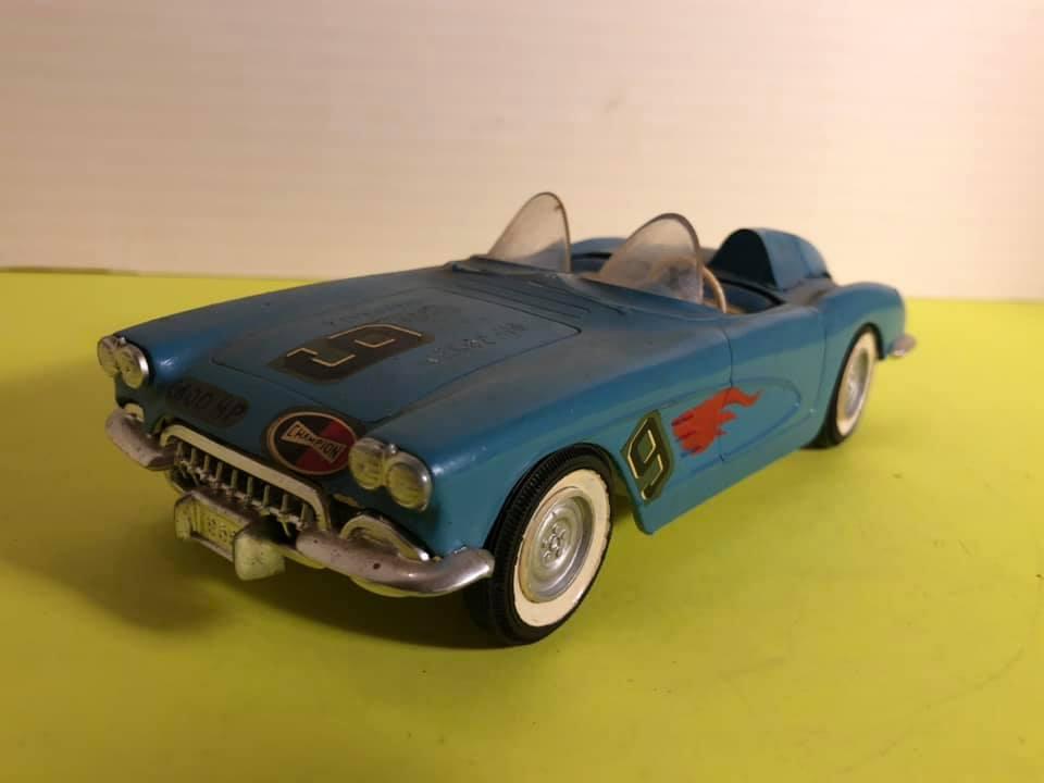 Vintage built automobile model kit survivor - Hot rod et Custom car maquettes montées anciennes - Page 12 57191810