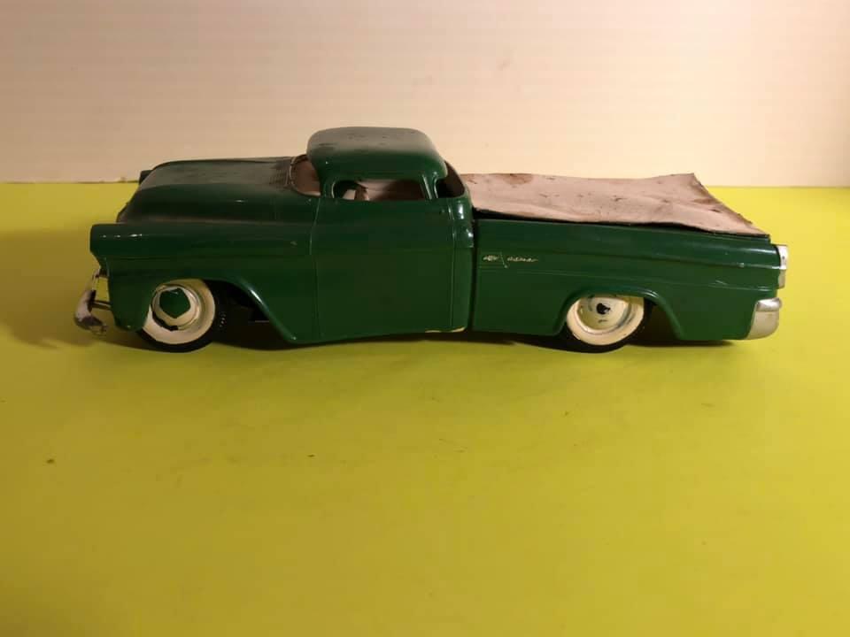 Vintage built automobile model kit survivor - Hot rod et Custom car maquettes montées anciennes - Page 12 57244710