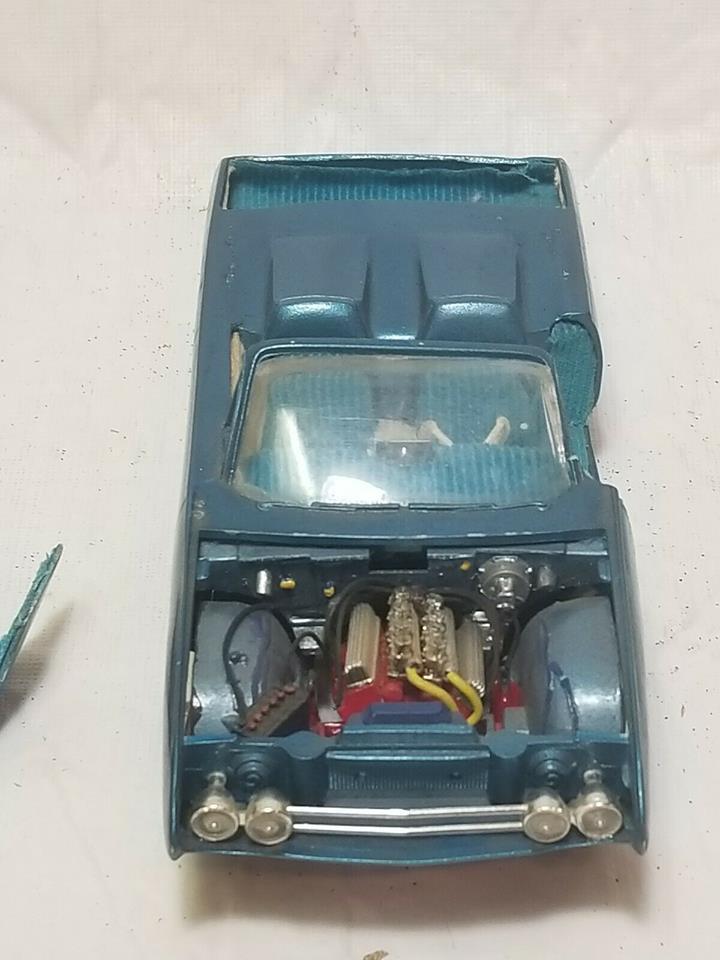 Vintage built automobile model kit survivor - Hot rod et Custom car maquettes montées anciennes - Page 12 57253310