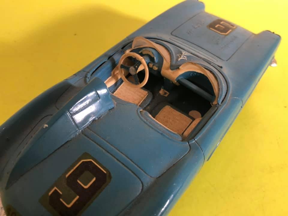 Vintage built automobile model kit survivor - Hot rod et Custom car maquettes montées anciennes - Page 12 57306110