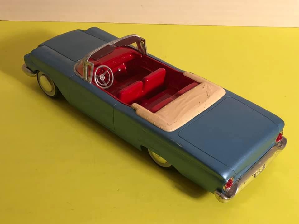 Vintage built automobile model kit survivor - Hot rod et Custom car maquettes montées anciennes - Page 12 57313510