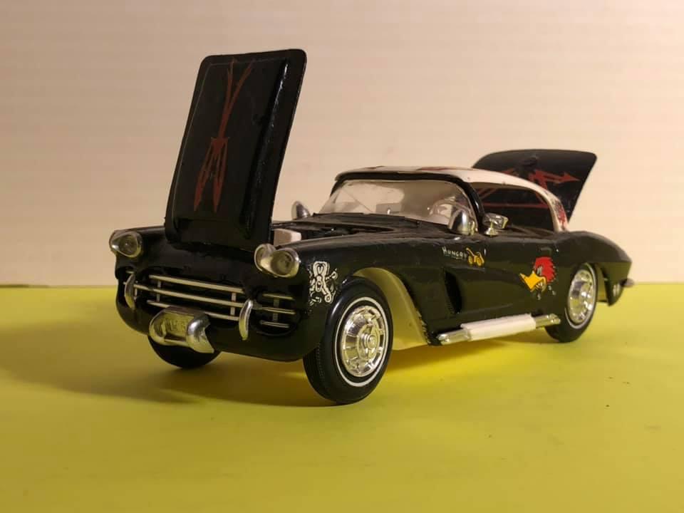 Vintage built automobile model kit survivor - Hot rod et Custom car maquettes montées anciennes - Page 12 57325110