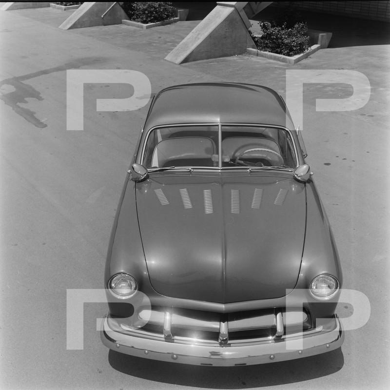 Ford 1949 - 50 - 51 (shoebox) custom & mild custom galerie - Page 27 57486110