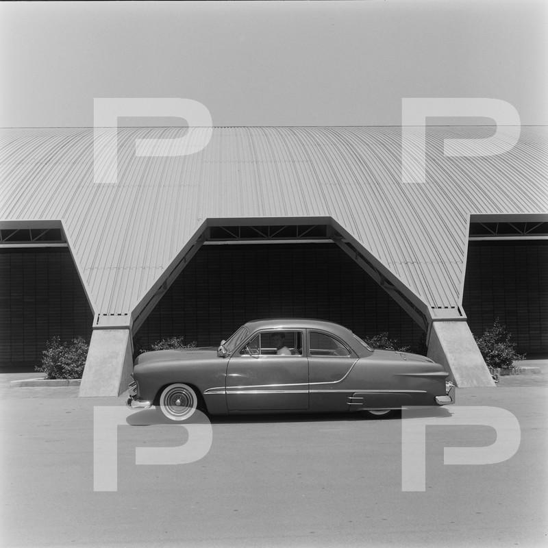 Ford 1949 - 50 - 51 (shoebox) custom & mild custom galerie - Page 27 57486710