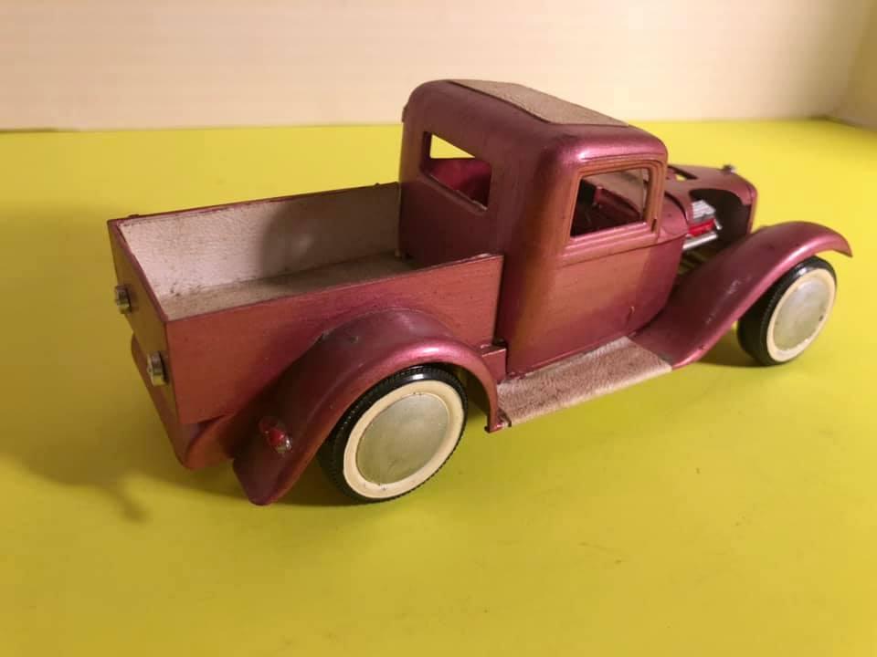 Vintage built automobile model kit survivor - Hot rod et Custom car maquettes montées anciennes - Page 12 57503910