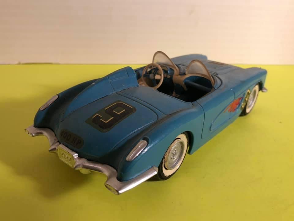 Vintage built automobile model kit survivor - Hot rod et Custom car maquettes montées anciennes - Page 12 57650810