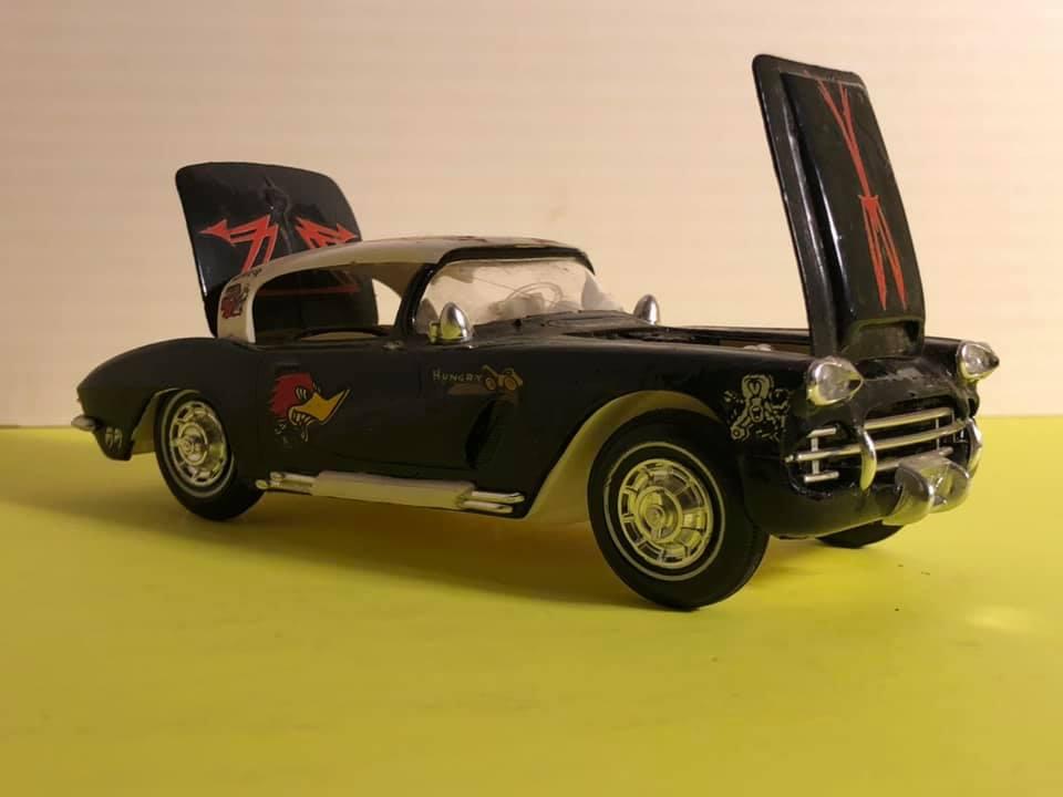 Vintage built automobile model kit survivor - Hot rod et Custom car maquettes montées anciennes - Page 12 57652610