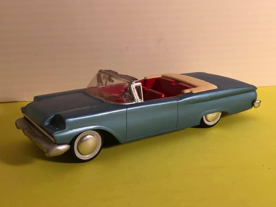 Vintage built automobile model kit survivor - Hot rod et Custom car maquettes montées anciennes - Page 12 57750910