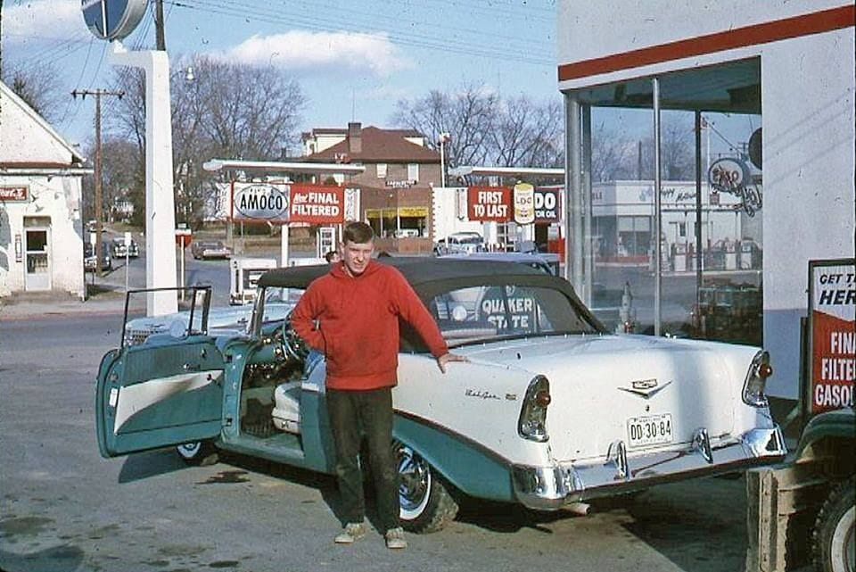 Rues fifties et sixties avec autos - 1950's & 1960's streets with cars - Page 5 60345210