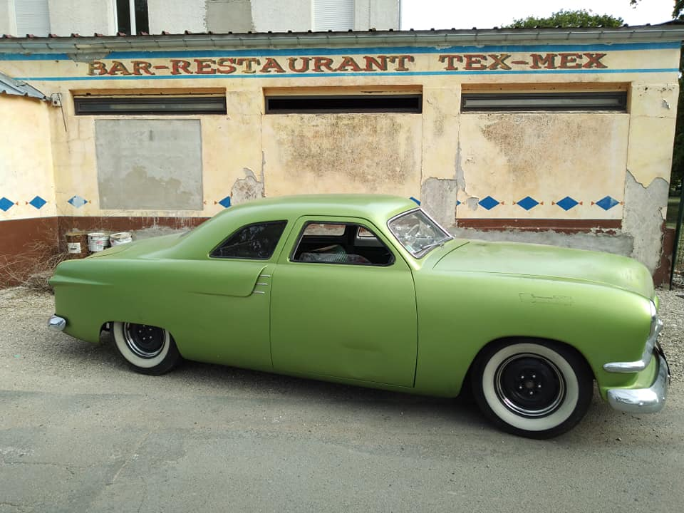 Ford 1949 - 50 - 51 (shoebox) custom & mild custom galerie - Page 27 60433610