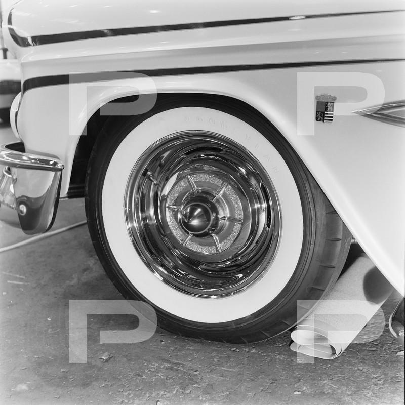 1955 Chevrolet - Jim Seaton - Barris Kustoms 60812210