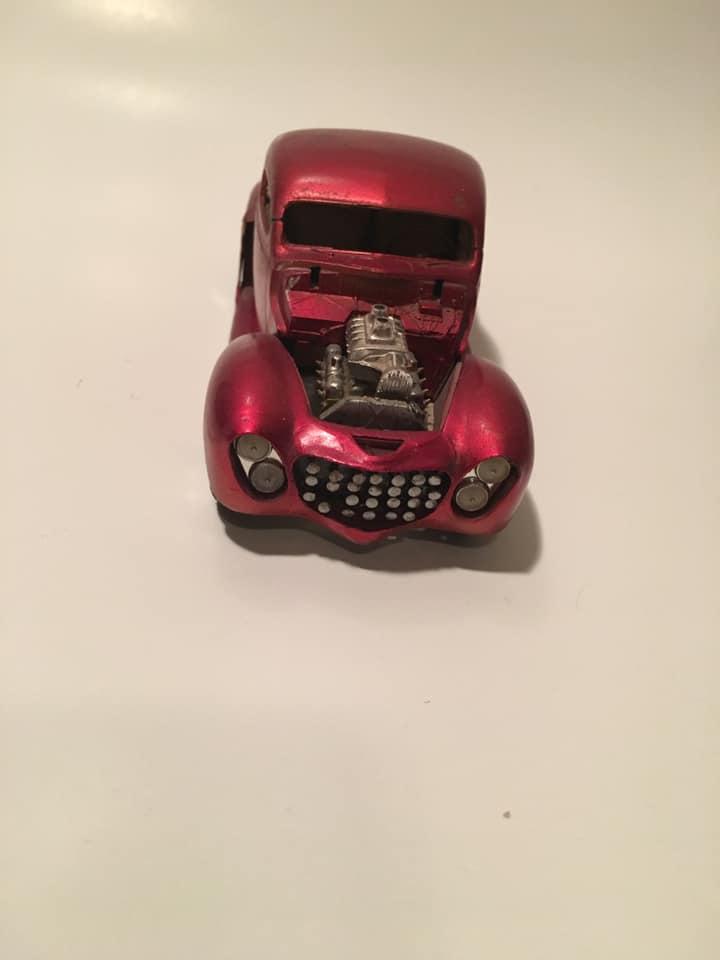 Vintage built automobile model kit survivor - Hot rod et Custom car maquettes montées anciennes - Page 13 61091310