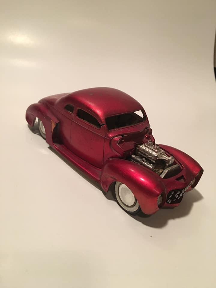 Vintage built automobile model kit survivor - Hot rod et Custom car maquettes montées anciennes - Page 13 61165010