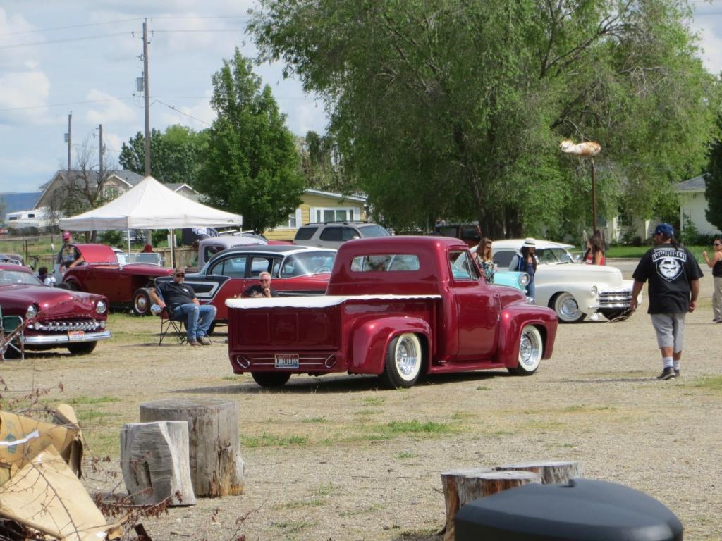 Ford Pick Up 1953 - 1956 custom & mild custom - Page 4 61261610