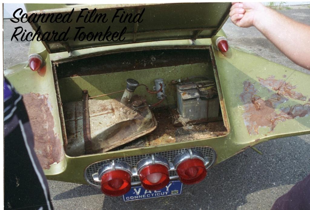 John Hychko's wild '32 Chevy coupe  61739310