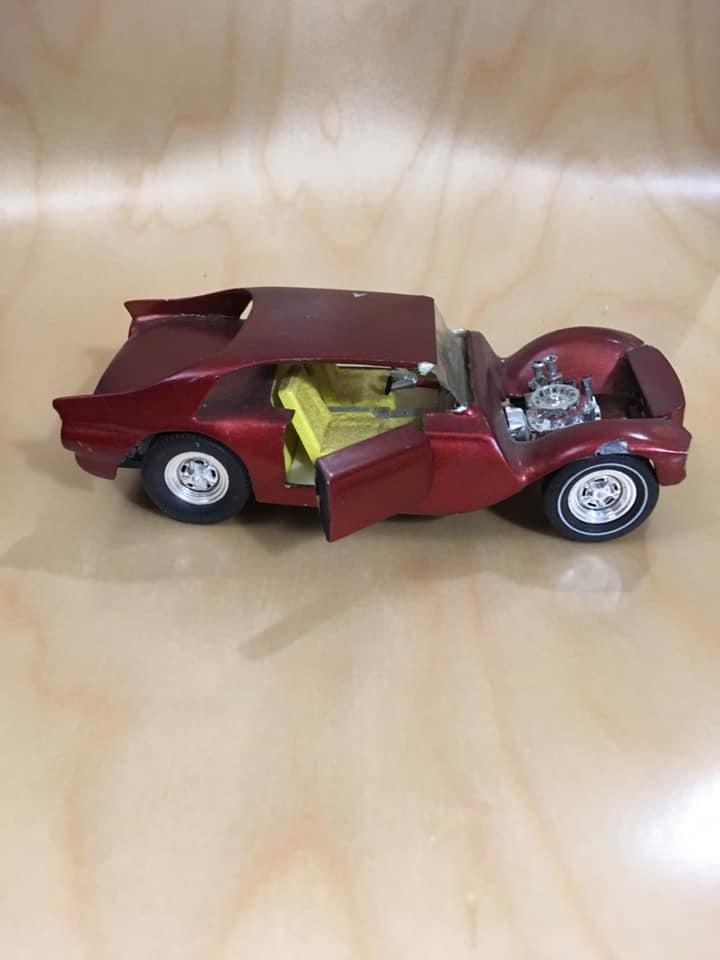 Vintage built automobile model kit survivor - Hot rod et Custom car maquettes montées anciennes - Page 13 61944010