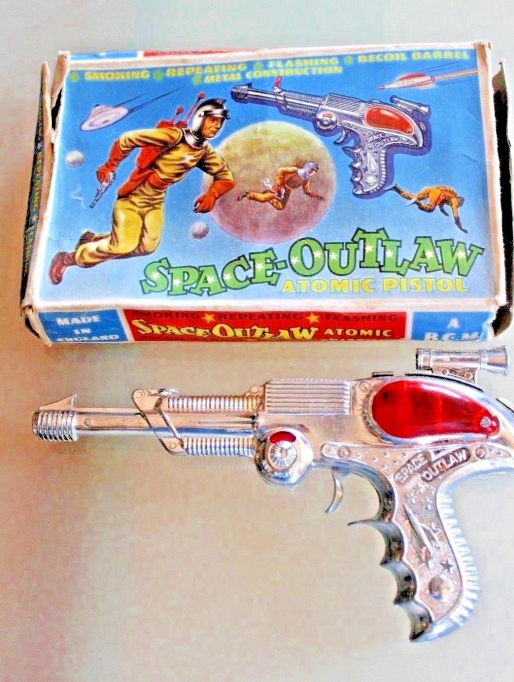 Atomic PISTOL SPACE-OUTLAW B.C.M 620