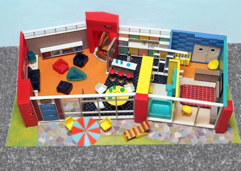 Debbie's Dream House - plastic mid-century mod showplace from Marx Toys - 1963 64228110