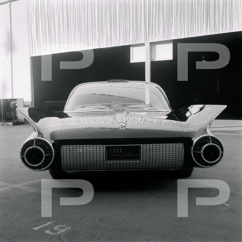 Ford Mystere 1955 - Concept car 64500310