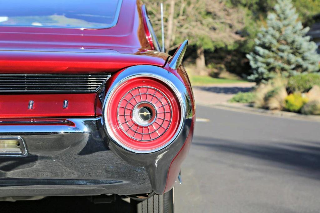 1963 Ford Thunderbird Italien Fastback Concept Car 66523714