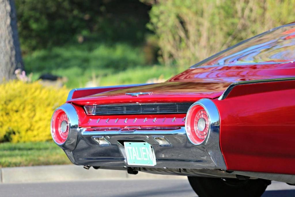 1963 Ford Thunderbird Italien Fastback Concept Car 66523716
