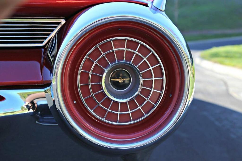 1963 Ford Thunderbird Italien Fastback Concept Car 66523929