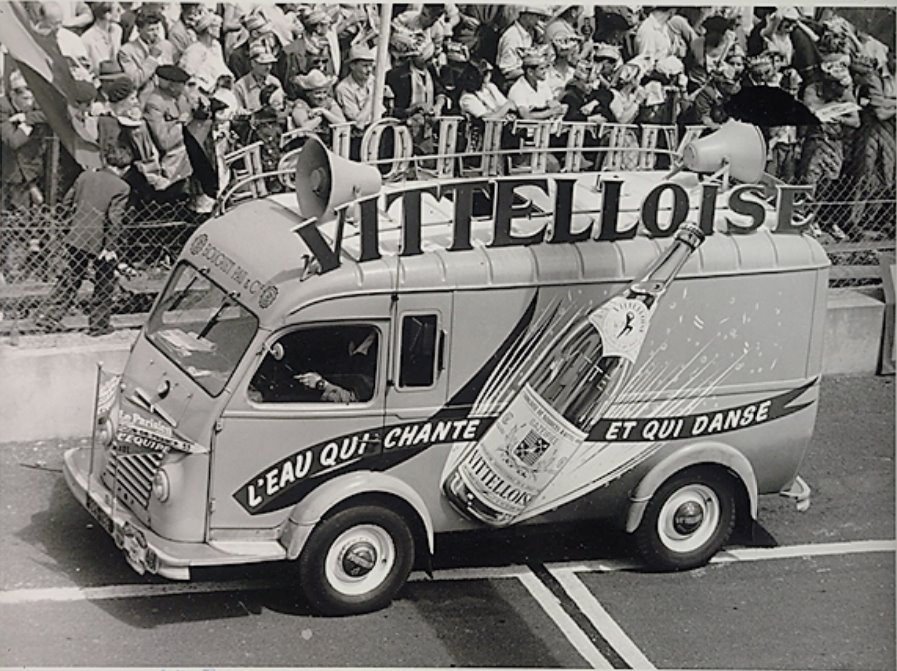 Les véhicules de la Caravane du Tour de France 1950's & 1960's - Page 4 66813210