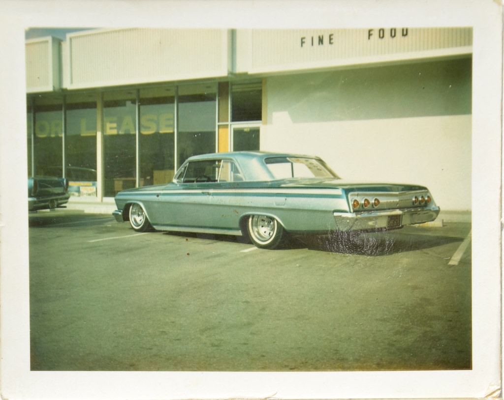 custom cars in the street - in situation ( vintage pics 1950's & 1960's)  - Page 6 67194710