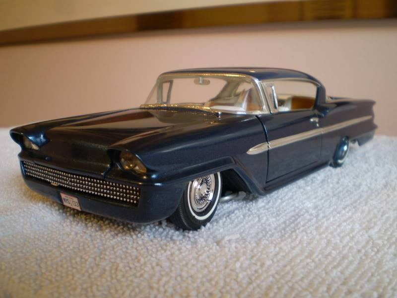 Vintage built automobile model kit survivor - Hot rod et Custom car maquettes montées anciennes - Page 14 70443810